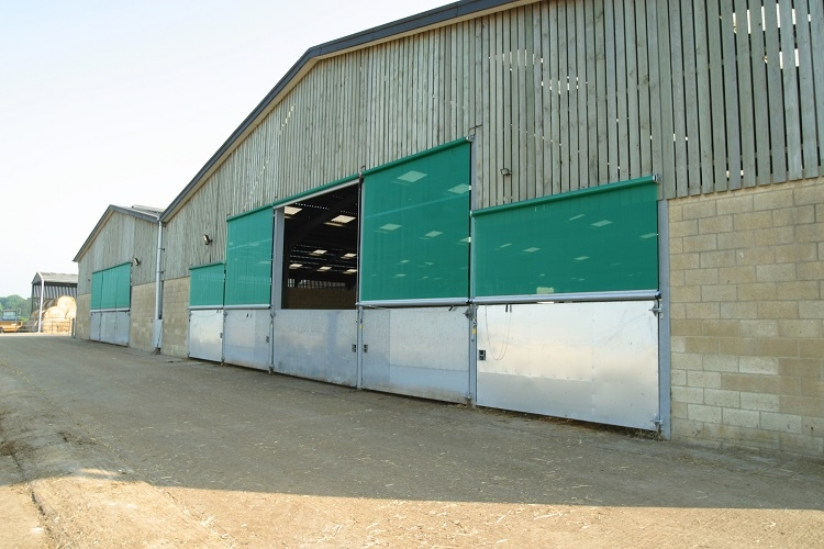 Galebreaker doors and screens for farm buildings in Norfolk